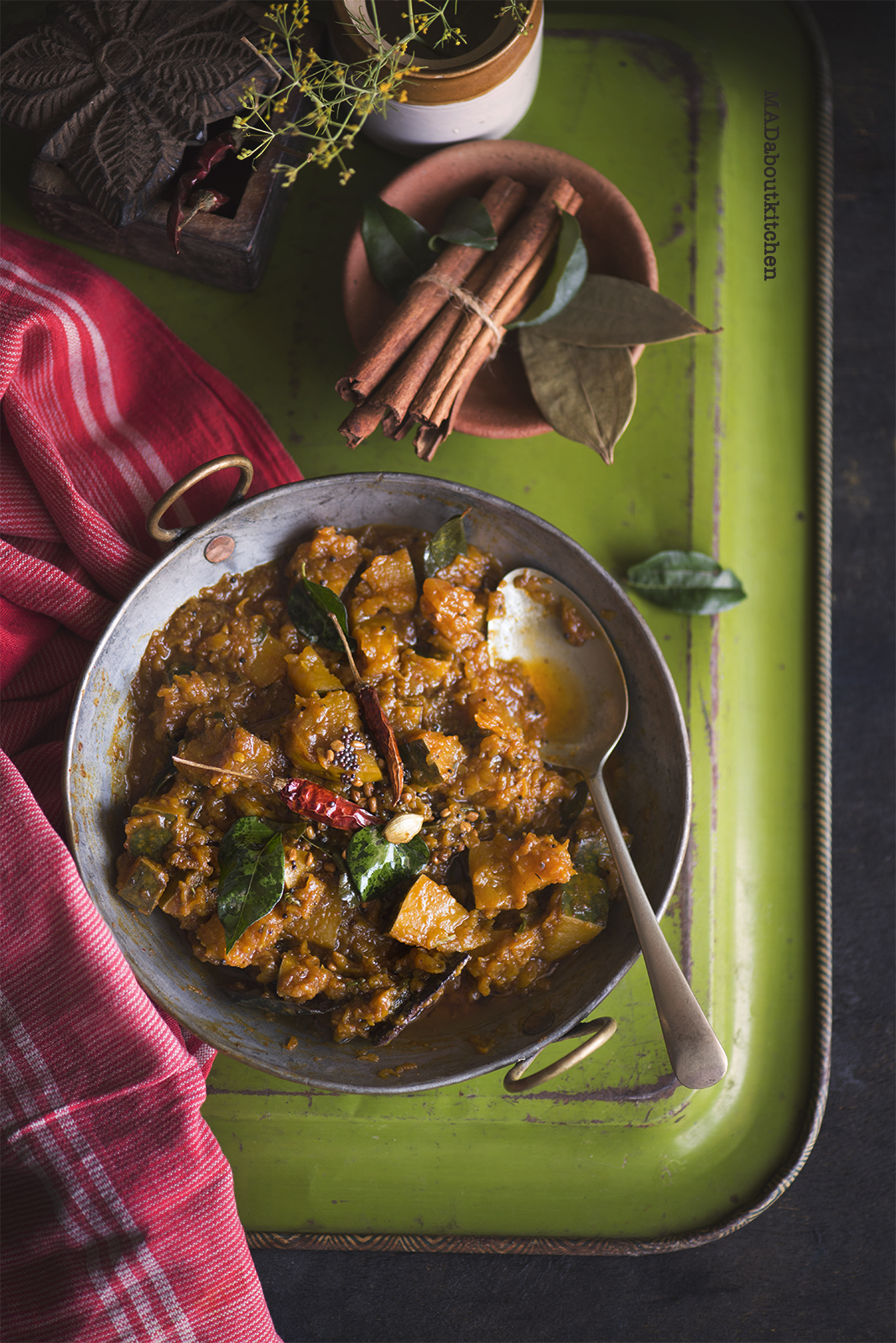 Khatta Meetha Kaddu is an Indian Stir Fry made of Sweet Pumpkin and a whole lot of spices. This stir fry is tangy, sweet and spicy and is usually served with rotis or puris.