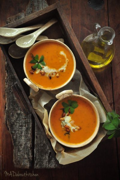 ROAsted Butternut Squash & Garlic Soup