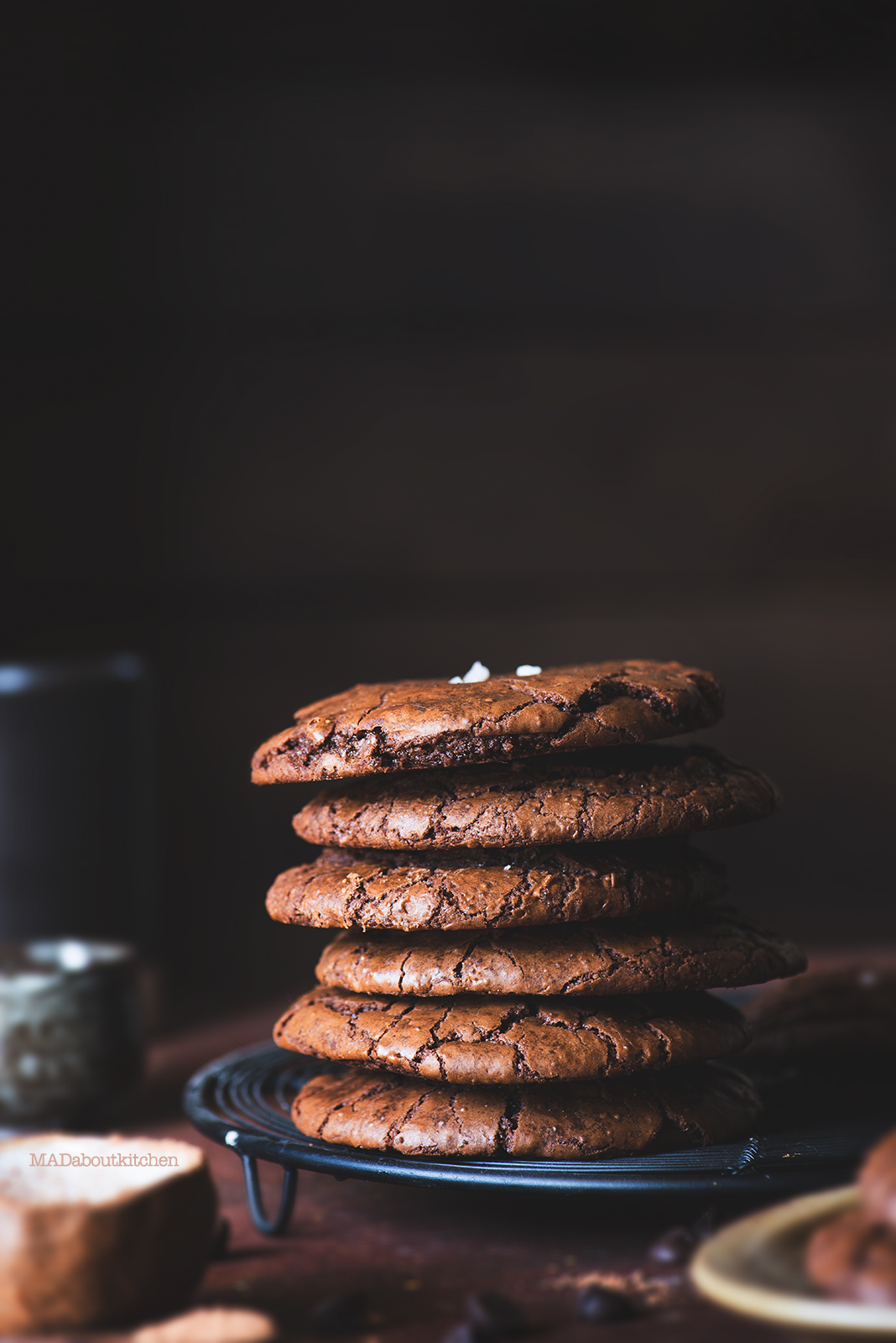 Chocolate Brownie Crinkle cookies are a perfect combination of cookies and brownie in taste and texture. The outer layer is crispy and the inside is chewy and soft.