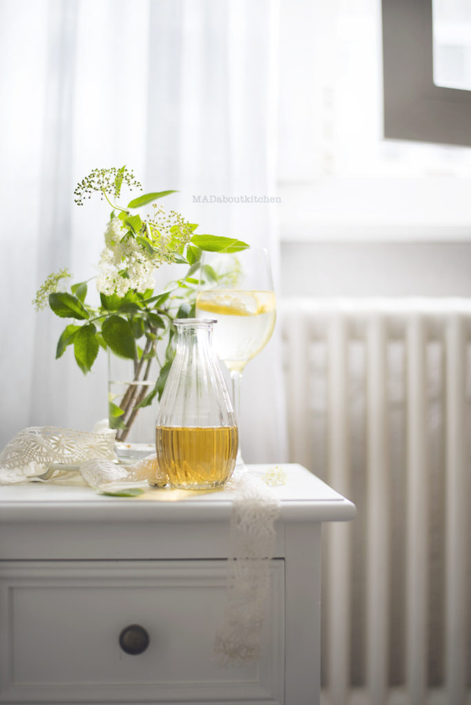 Make Homemade Elder Flower Syrup and serve this aromatic, delicate , delicious syrup with sparkling water, add to wine, top it on yogurt or fruits.