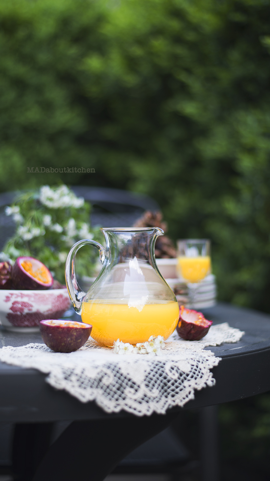 Passion Fruit Lemonade is this simple drink which is absolutely delicious, perfect for Summer