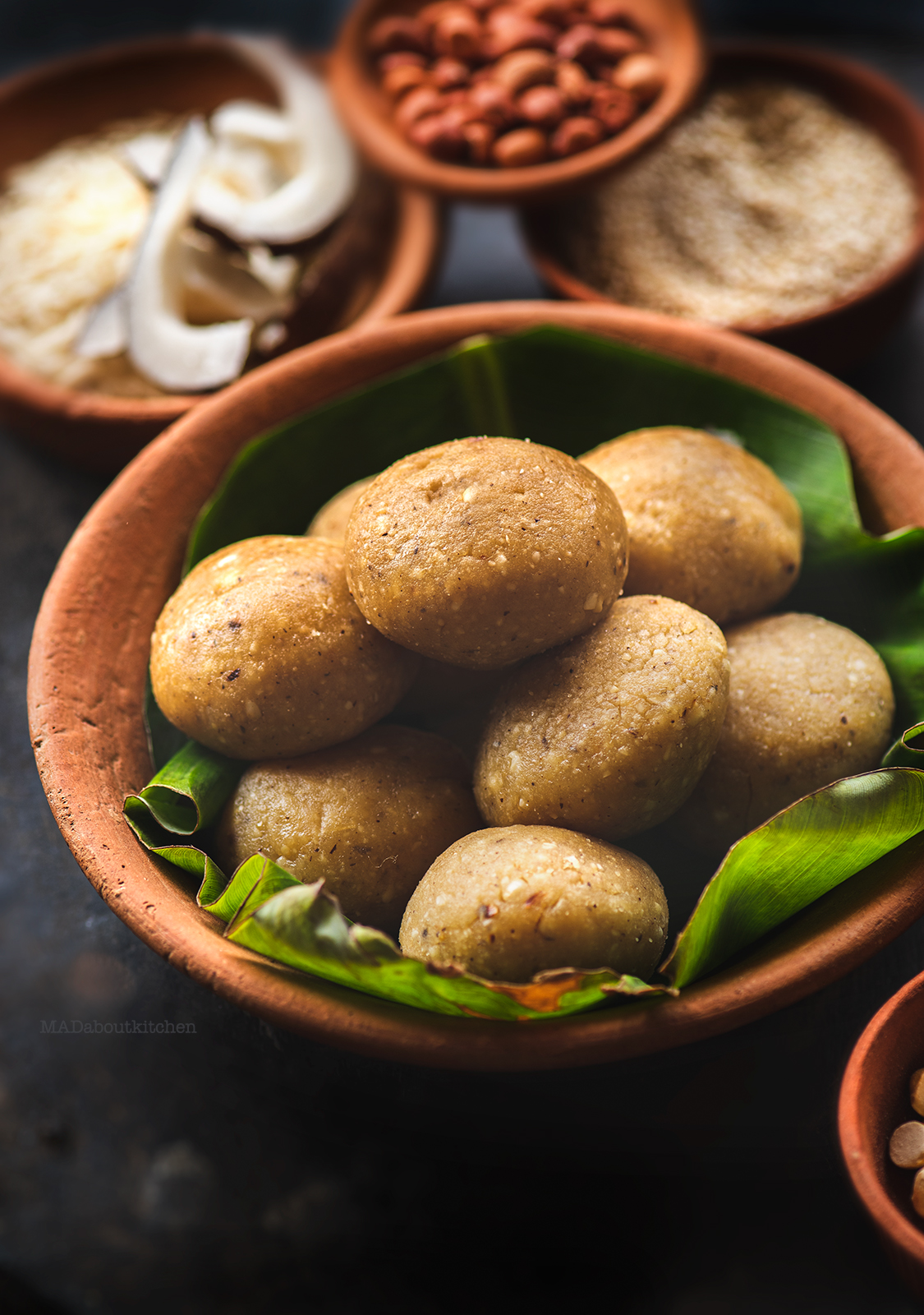 Tambittu or Akki tambittu is a rice preparation with jaggery and nuts and is offered to the god by making lamps out of them & are then served as prasada.